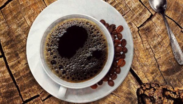 Kaffee beim Intervallfasten
